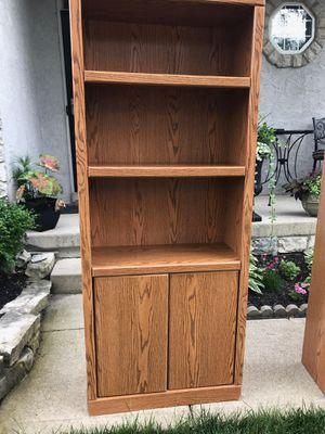 2 bookshelves $30 for Sale in Columbus, OH