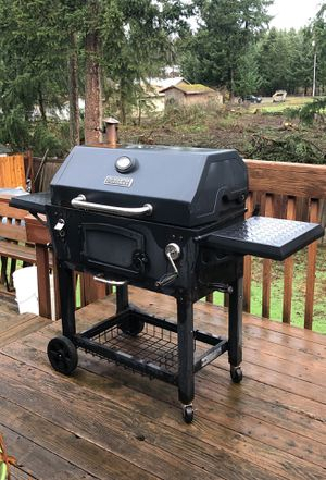 Used master forge bbq grill for Sale in Graham, WA