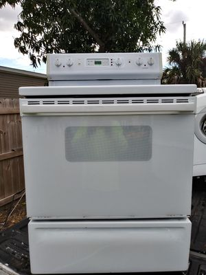Glass top stove for Sale in West Palm Beach, FL