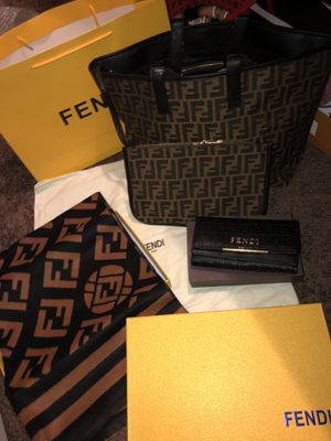 Fendi Set for Sale in Memphis, TN
