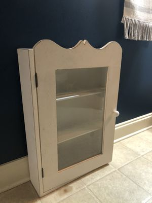 Vintage off-white cabinet for Sale in Charlotte, NC
