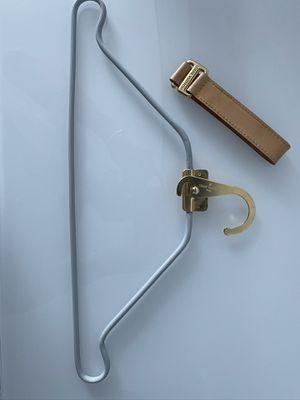 Authentic Louis Vuitton hanger for Sale in Miami, FL