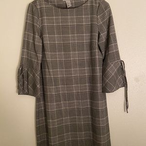 H+M Black/White Business Casual Dress for Sale in Seattle, WA