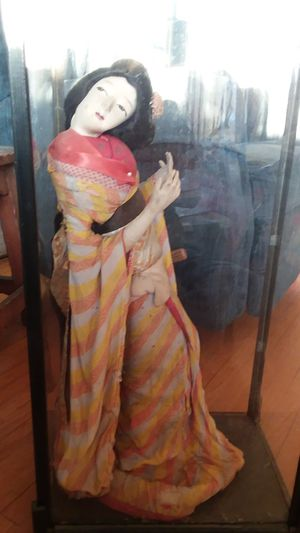 Antique Japanese Geisha Doll in plexy case, Fan for Sale in Alhambra, CA