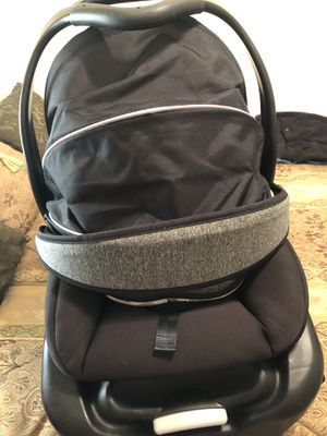 Infant carrier and stroller all in one for Sale in Winterville, NC