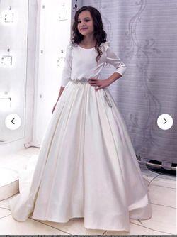 Gorgeous flower girl, communion, or bridesmaid dress. Royal satin. for Sale in Milton,  WA