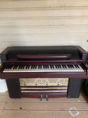Antique piano for Sale in Mount Airy, MD