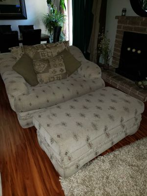 Couch with ottoman for Sale in Fresno, CA