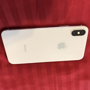 IPHONE X SILVER FOR PARTS ONLY - IC LOCKED & Green Screen for Sale in Washington, DC