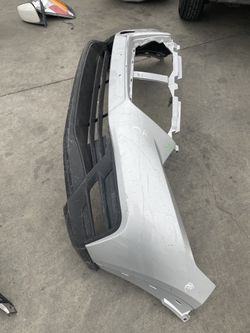 For 2018 2019 Nissan Kicks FRONT Bumper Cover for Sale in Pomona,  CA