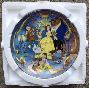 Disney's Beauty and the Beast Musical Plate ~ Check out my Page for more collectibles 😊 for Sale in Fresno, CA