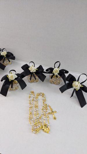 1 Dozen Rosary favors for funeral Rosarios para Funerales Recuerdos) for Sale in Riverside, CA