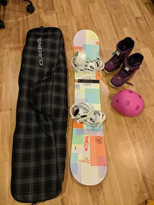 Women's snowboard and accessories for Sale in Baltimore, MD
