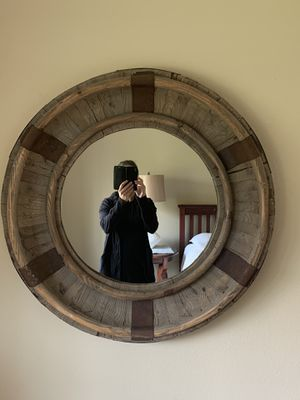 Large round mirror for Sale in Battle Ground, WA