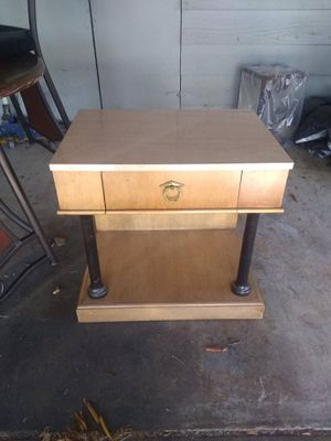 End table marble top kitchen table and chairs for Sale in Sumner, WA