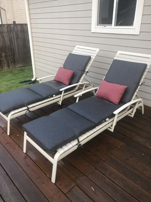 Final Call- Outdoor 2 lounge set with cushions & pillows for Sale in Newberg, OR
