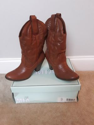 Womens boots for Sale in Angier, NC
