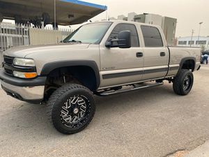2002 CHEVY SILVERADO 1500HD for Sale in Stockton, CA