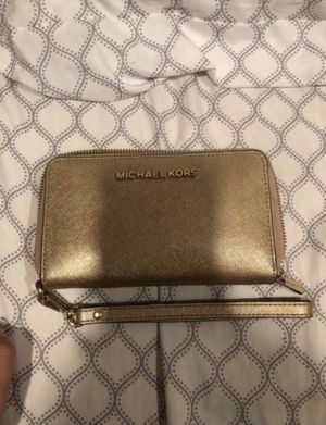 michael kors wallet for Sale in Haddonfield, NJ