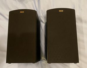 Klipsch R-15M Bookshelf Speaker (pair) for Sale in Dallas, TX