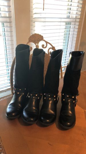 Children's place girl boots Size 3 (both) for Sale in Houston, TX