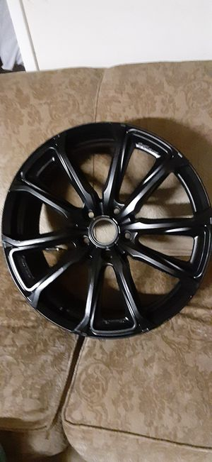 19 ×7 dodge / jeep rims practically new no scratches and never been curbed for Sale in Edgewood, WA