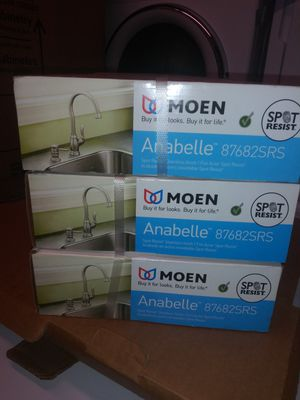 Moen kitchen pull down faucet for Sale in Durham, NC