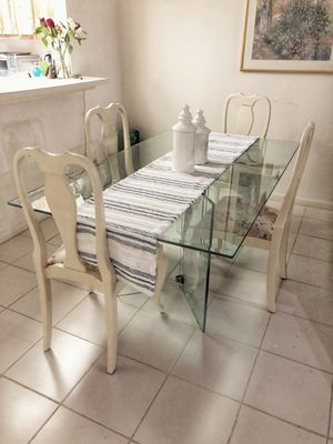Glass kitchen table. With 4 chairs 66x40 ( kitchen table dinner table dining room table dinette breakfast table chair chairs tables ) for Sale in Delray Beach, FL