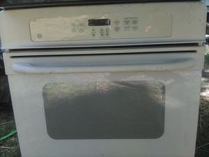 GE oven and electric range hood for Sale in Norfolk, VA