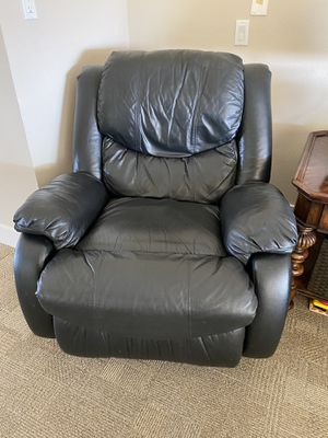 Faux Black Leather Recliner for Sale in Mission Viejo, CA