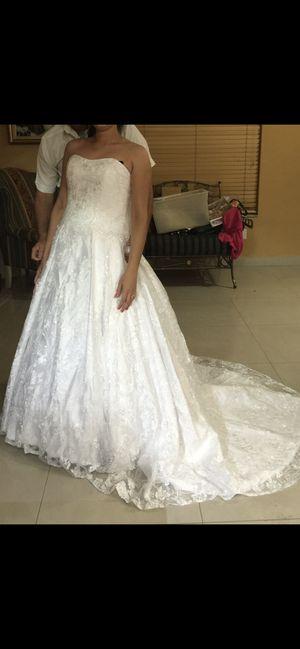 Wedding dress vestido de novia for Sale in Hialeah, FL