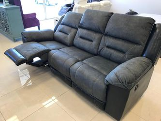 İn STOCK Ashley A Spcl Earhart Sofa And Loveseat for Sale in Alexandria,  VA