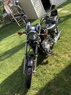 Vulcan Kawasaki 750 motorcycle for Sale in Glenarden, MD