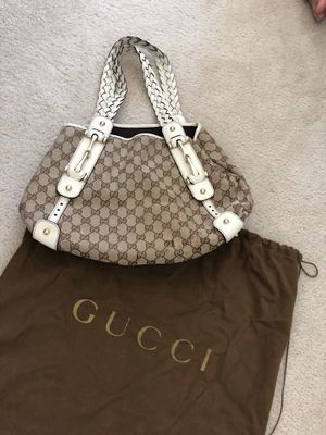 Gucci Over the shoulder bag for Sale in San Diego, CA