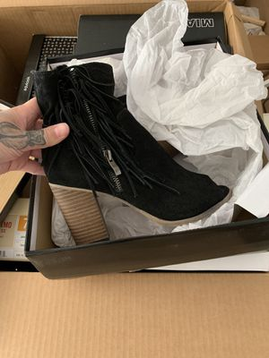 Women's MIA fringe Boot for Sale in Graham, WA