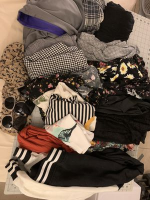 Free lot of young women's clothes *ON HOLD* for Sale in Riverside, CA