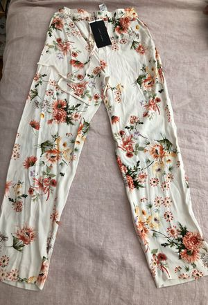 Zara Floral pants!! for Sale in New York, NY