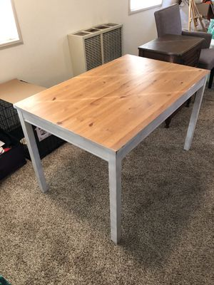 Table for Sale in San Diego, CA