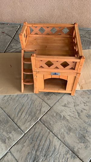 Little Dog house for Sale in Fresno, CA