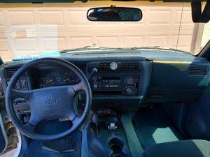 Chevy Blazer 95 for Sale in Phoenix, AZ