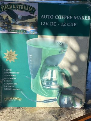 blender and a coffee maker for Sale in Los Angeles, CA