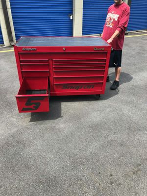 Snap on classic Tool box for Sale in Calverton, MD
