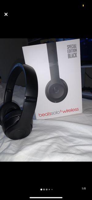 Wireless beats headphones for Sale in Ann Arbor, MI
