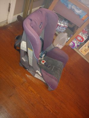 Car seat for Sale in Topeka, KS
