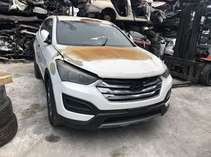 2014 hyundai santa fe parts out for Sale in Miami, FL