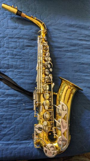 Saxophone with case for Sale in San Diego, CA