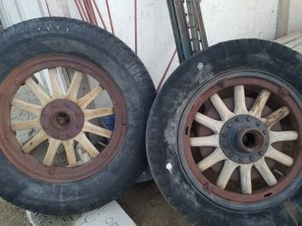 4 Wood Wheels for Sale in Dinuba,  CA
