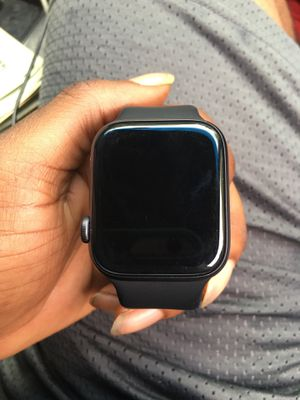 Apple Watch series 4 for Sale in Cahokia, IL