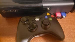 Xbox with 1 controller for Sale in Lithonia, GA