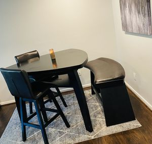 4 piece dining table and chairs for Sale in Laurel, MD